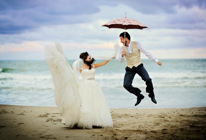 Свадебный танец с зонтом